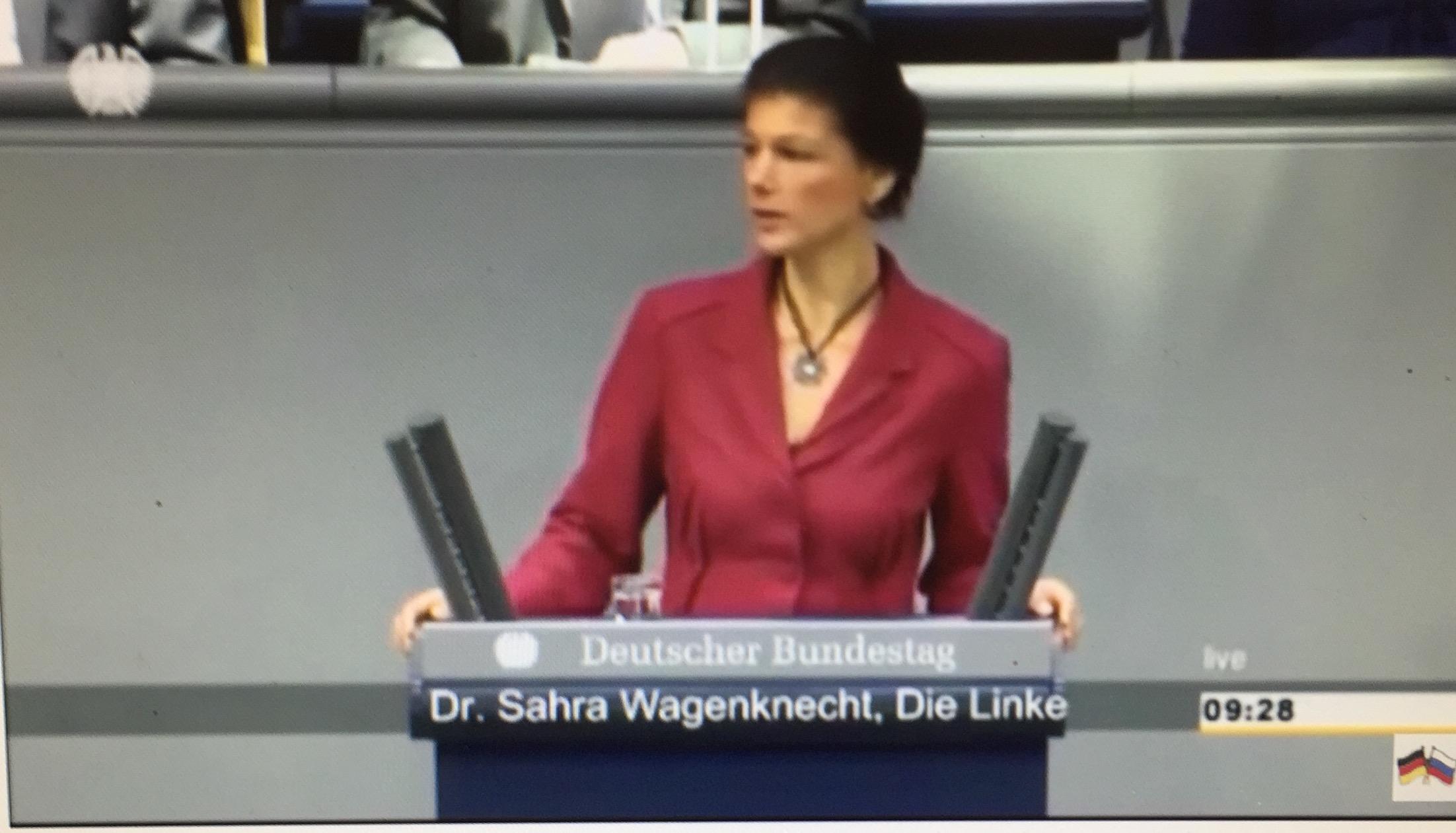 """Sahra Wagenknecht: """"Die NATO auflösen und durch ein kollektives Sicherheitssystem unter Einbeziehung Russlands ersetzen."""""""